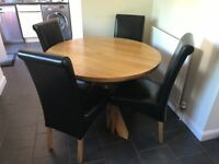 Round Oak Dining Table & 4 Black Leather Chairs - 1100mm / 3ft 7 Diameter