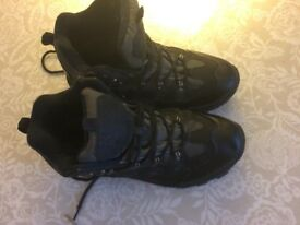 Mens Hiking boots - size 9 - from Mountain Warehouse - worn once.