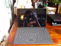 USED Windows Surface RT 32GB with Keyboard
