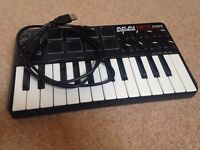 Akai Professional MPK Mini Midi Keyboard