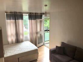 Double Room - Battersea Park -All Bills Included