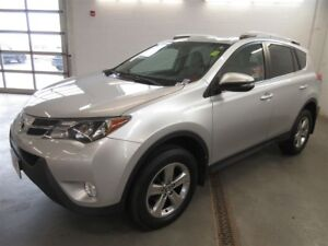 2015 Toyota RAV4 XLE- BACK-UP CAM! ALLOYS! HEATED SEATS!