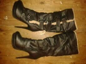 Ladies size 7 boots