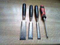 wood chisels x 4
