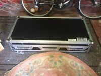 cdj flightcase and mobile stand