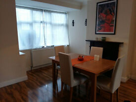 Double room in a tidy and friendly house