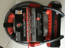 BIKE LOCK. MAGNUM PLUS D-LOCK with security cable £25