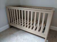 Mamas And Papas Metropolis Wooden Cot Bed Toddler