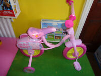 PEPPA PIG FIRST PEDAL BIKE & BOX OF NINE IN ONE PEPPA PUZZLES