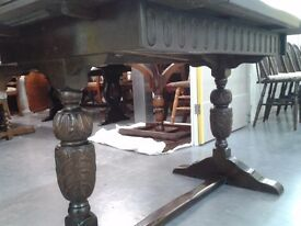 Victorian dining table, full of aristocrat temperament,carved leg, solid oak, extendable, 180cm