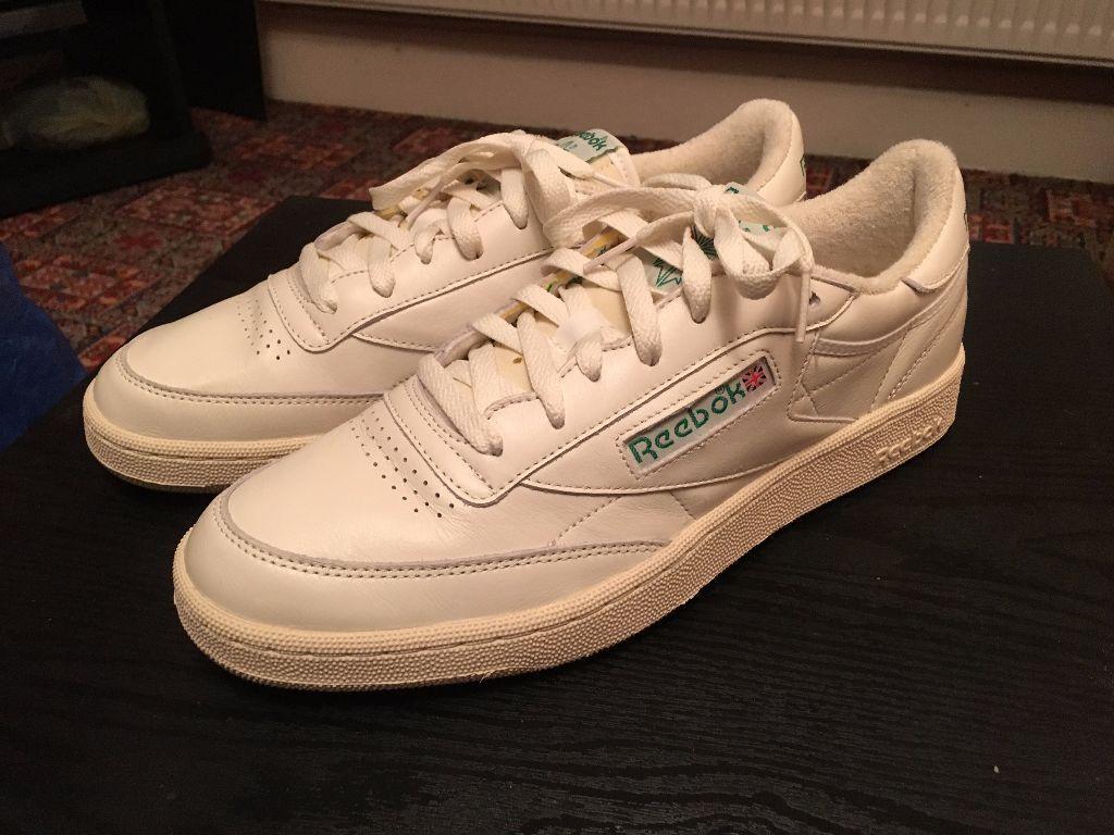 Retro Tennis Shoes Green