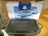 BergHOFF Covered Roasting Pan - Brand New and Boxed