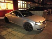 Audi TT, Custom black roof, Cat D