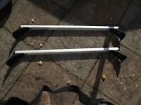 Roof Bars for BMW 5 Series in excellent consition hardly used Alloy with clamps