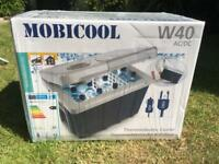 Mobicool W40 electric coolbox