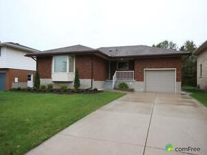 $349,900 - Raised Bungalow for sale in Stratford