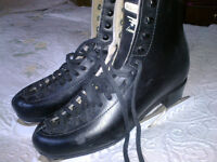 Men's BLACK LEATHER FIGURE ICE-SKATING BOOTS - SIZE 8