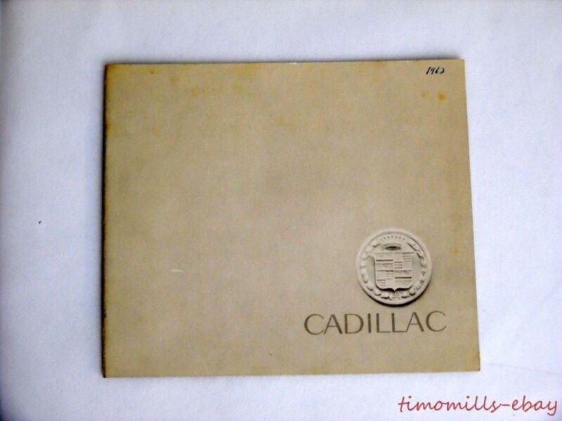 1962 Cadillac Dealer Sales Brochure Catalog Fleetwood De Ville Vintage ORIGINAL