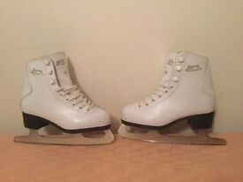 For Sale. Girls Figure Skates Size 11 U.K. (Davos Brand) VG Conditition