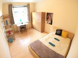 Huge room 5 minutes from Aldgate East