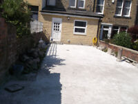 WANTED GROUND WORKER LANDSCAPER DRIVEWAY TARMACER DIGGER & DRIVER TO REMOVE CONCRETE DRIVEWAY CASH