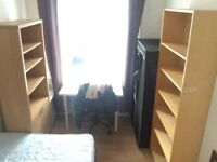 Student Accommodation - Close to Cov Uni - R1