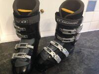 Salomon Mens Ski Boots Size 44, UK 9.5 £95