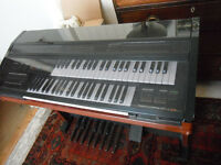 Vintage YAMAHA ELECTONE MC-600 2-manual electronic organ & stool; full working order