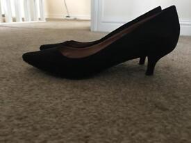Women's shoes size 4.5/5