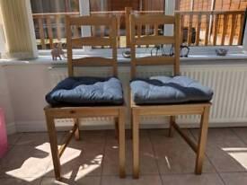 Ikea table & chairs, like new.