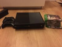 Xbox one, 8 games, 2 controllers and Kinect.