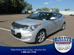 2014 Hyundai Veloster Tech! Heated! EXT Warranty! Back-Up! ONLY