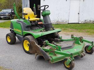 John Deere 1435 Front mount mower