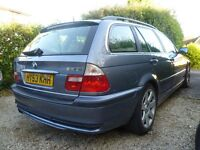BMW 330 i Touring facelift six speed manual with sports leather seats