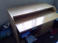 Desk for sale. Urgent clearance before 14th sept. Great condition. Bargain.
