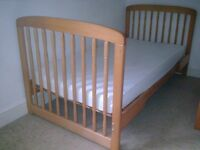 Baby Cot Bed with Mothercare Washable Mattress, JL Duvet & Cotbed Sheets