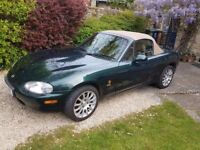 Lovingly kept Mazda MX5 with designer features and leather seats. MOT till Feb 2018