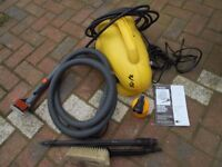 Wickes Pressure / Jetwasher and Accessories. 120 bar. Great for Carwash. 1900W. 230V