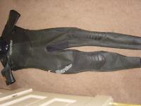 Spartan Gents Medium large wetsuit