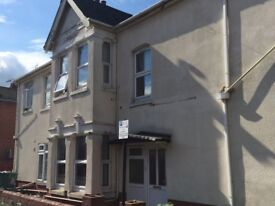 5 bed house on Wilton Avenue - 4 or 5 people to let. No fees!