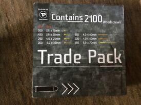 2 x Trade pack wood screws (contains 2100 screws)
