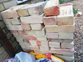 Cambridge white bricks - 112 full & 30 halves