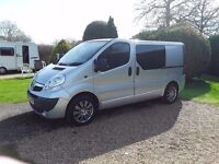 Vauxhall Vivaro Camper - Gloss Black Finish With Grey And Black Rock & Roll Bed