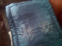 TEAL BED RUNNER WITH MATCHING CUSHION COVER