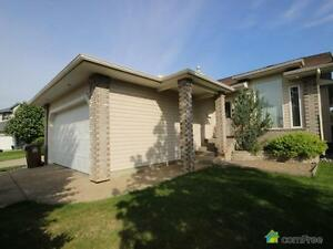 $489,900 - Bungalow for sale in St. Albert