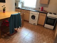 ***Lovely Large Single room available at Stock Newington £115 weekly***