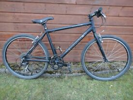 Revolution courier classic bike, 26 inch wheels, 18 inch lightweight aluminium frame, 8 gears, black