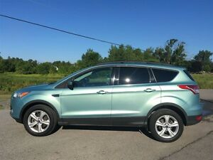 2013 Ford Escape SE - AWD - LOW KM'S - JUST REDUCED!