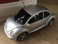 Volkswagen Beetle CD player and auto scan FM radio