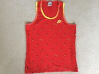 Red Nike Vest / Sports Top Size L (14/16)